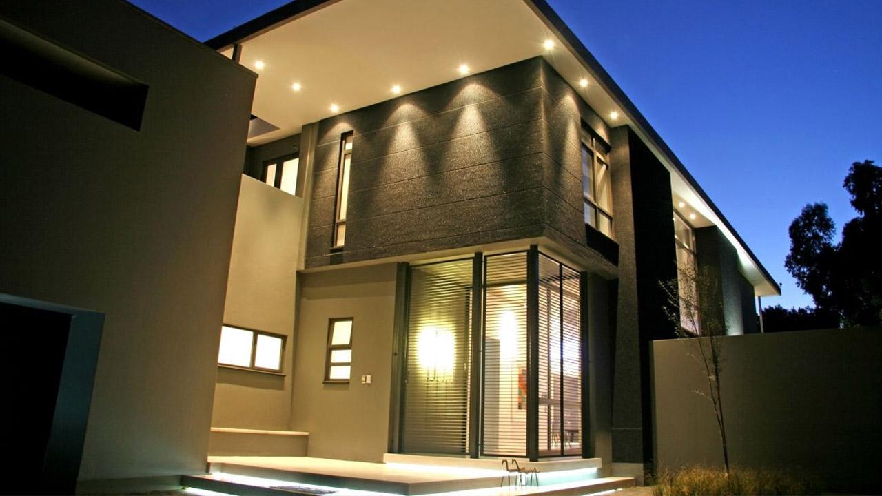 Фасадное и внутреннее освещение